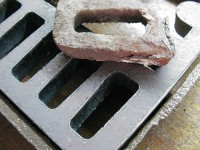 The old and new grate cut out of 1,8mm steel with the help of laser technology
