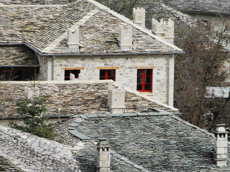 External view of the guesthouse Anemi in the traditional village of Kato Pedina. The village is located at the centre of Zagori, close to the villages Aristi, Elafotopos, Ano Pedina, Monodendri, Vitsa