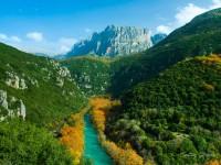Voidomatis river in autumn