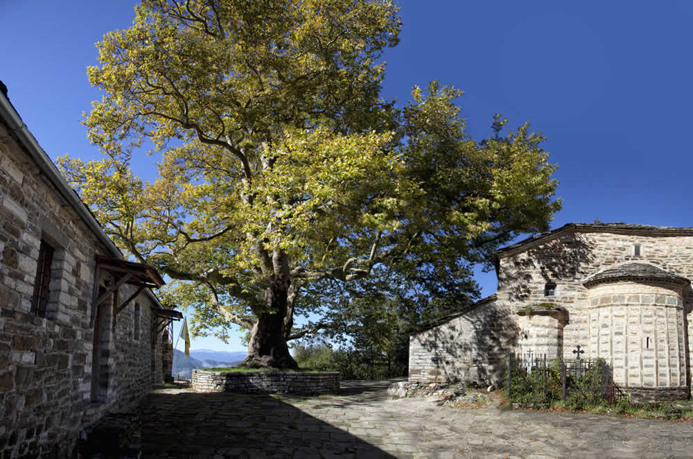 mikro papingo traditional stone village | Ruth De Ruwe