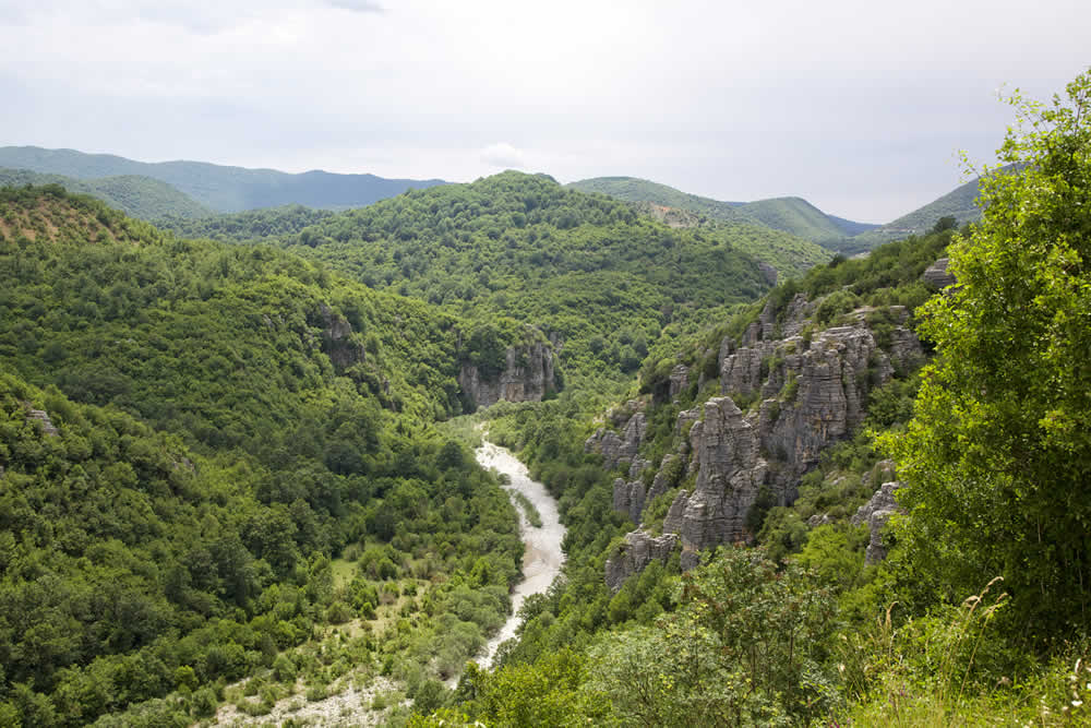 near kipi village in central zagori | Ruth De Ruwe