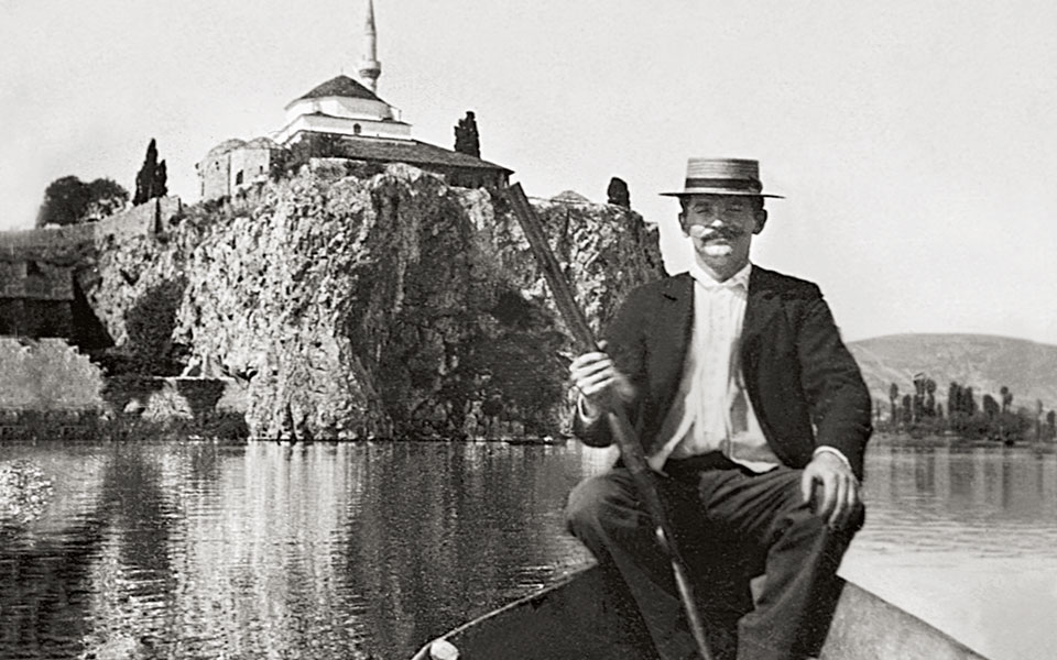 Ioannina, ca 1905. Nissim D. Levis out hunting on the lake of Ioannina, pictured with the Aslan mosque in the background.