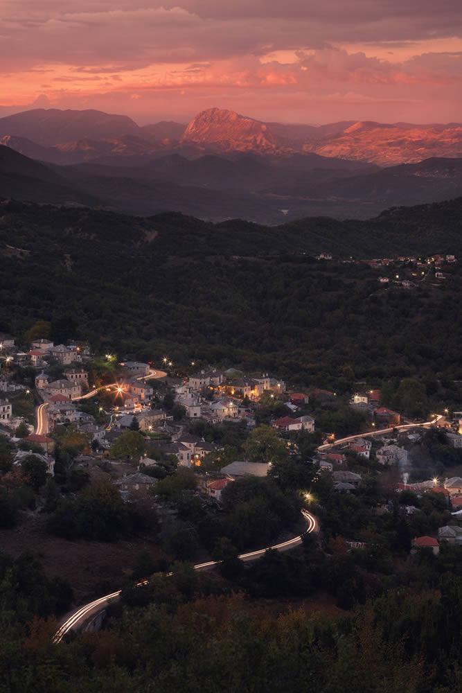 Aristi village at dusk | Alexandros Malapetsas